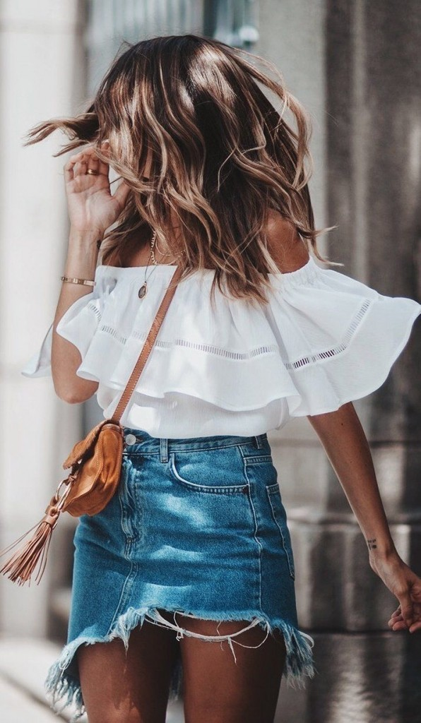 streetstyle-off-shoulder-denim