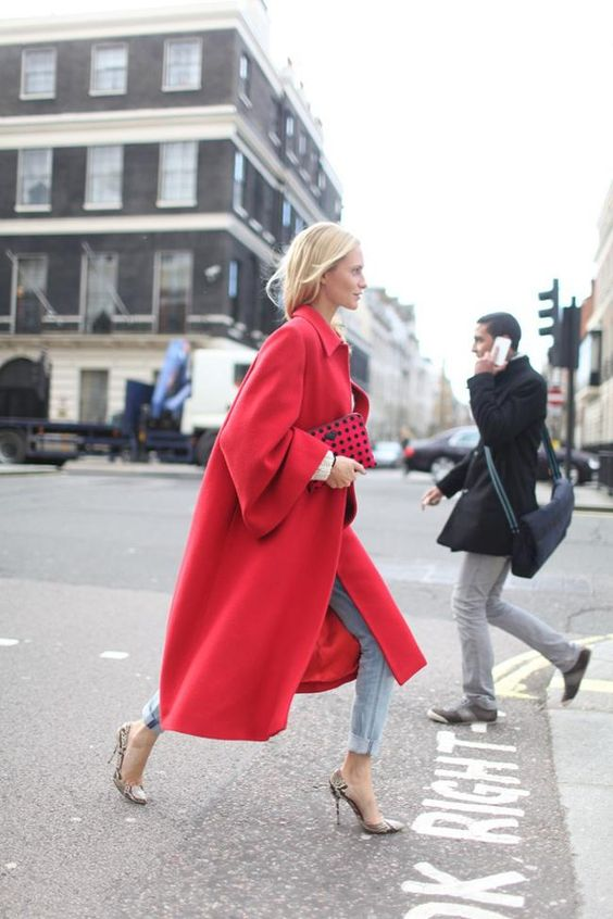 streetstyle-red-coat