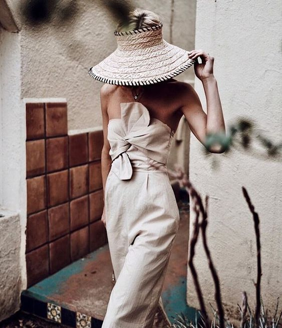straw-hat-summer-via-happilygrey
